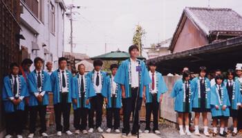 専修大学玉名高校の生徒たち